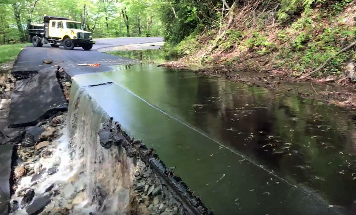 US 221 closed 'indefinitely' between Blowing Rock and