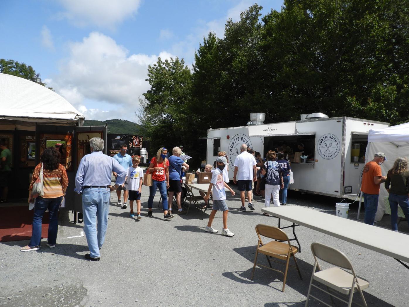 Crowd visits art festival