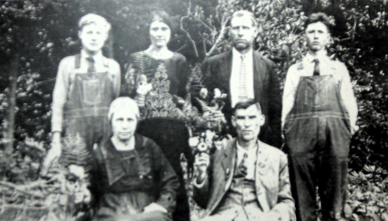 W.R. Trivette photograph