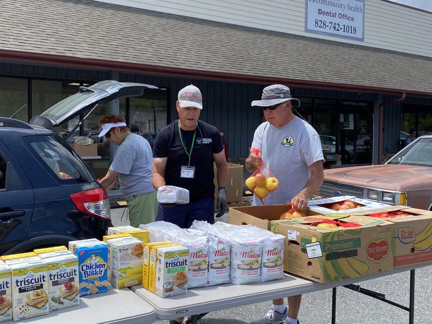 Feeding Avery Families volunteers