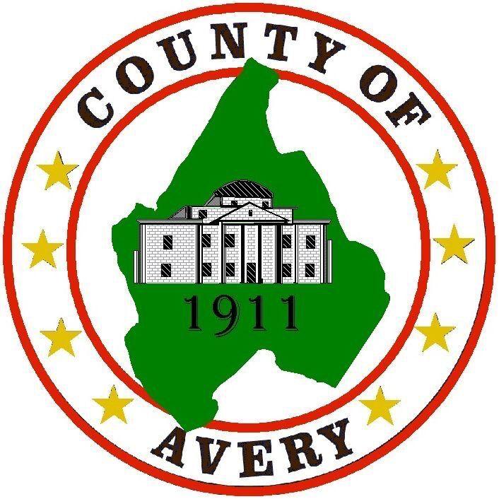 Avery County round logo