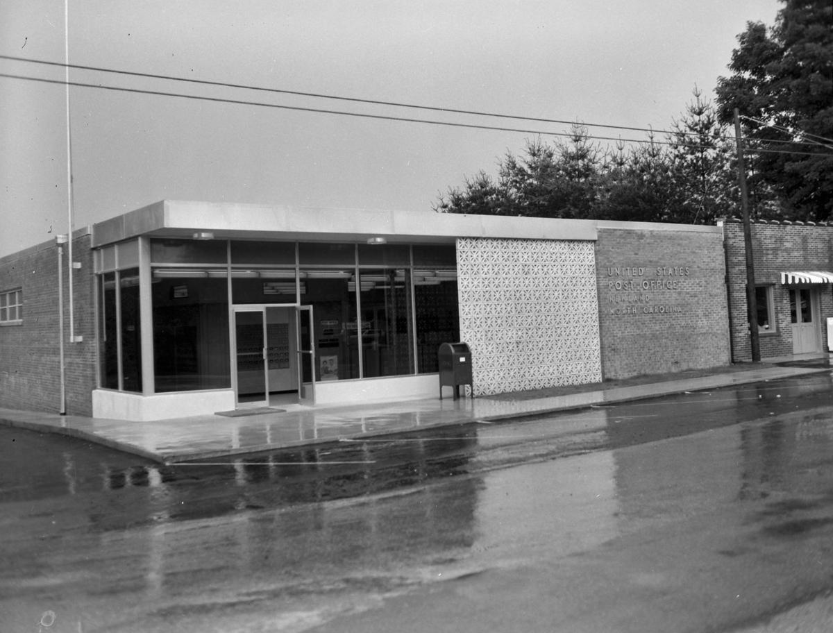 Newland Post Office