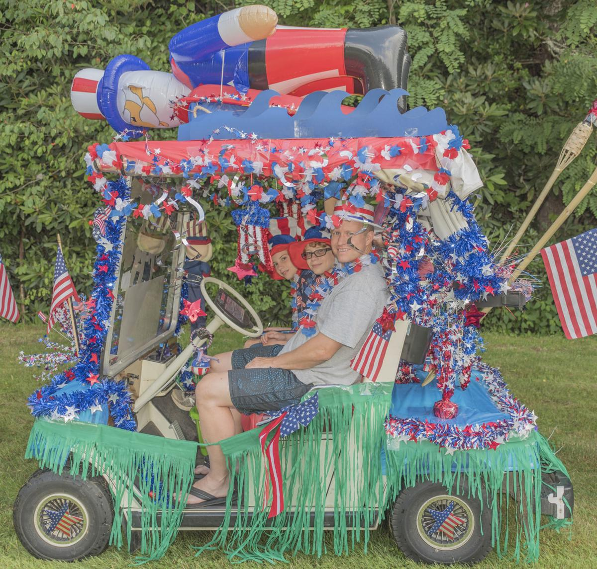 Linville Land Harbor celetes patriotism with annual Golf Cart ... on