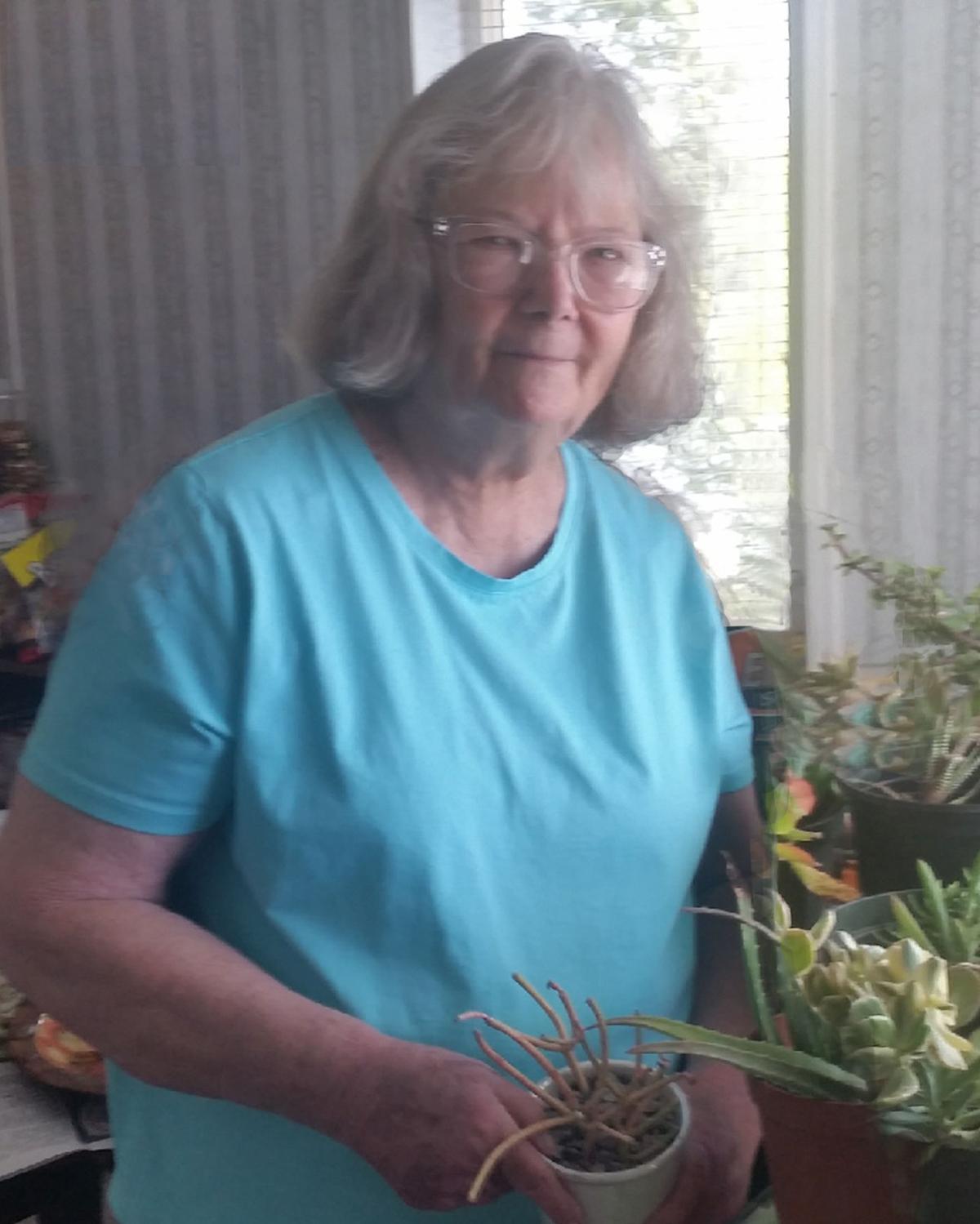 Elva Maxine Warner Bartlett