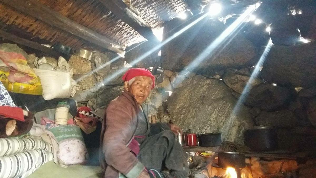 Langtang elder affected by Nepal earthquake