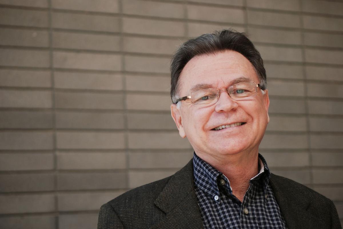 Alberto Ríos (primary)