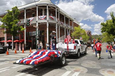 FLOAT OF REMEMBRANCE