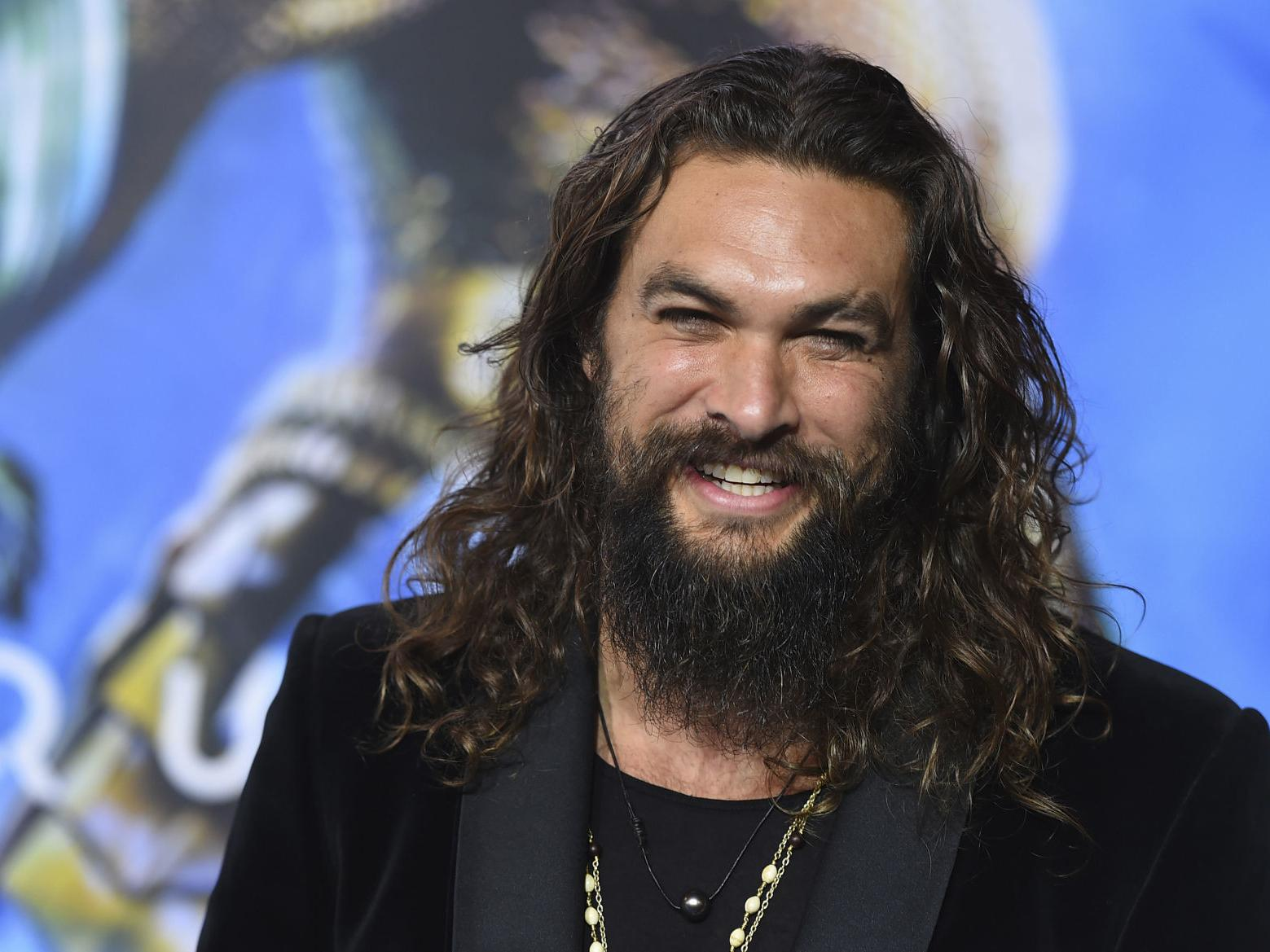 Jason Momoa Shaved His Beard And People Are Freaking Out Entertainment Azdailysun Com