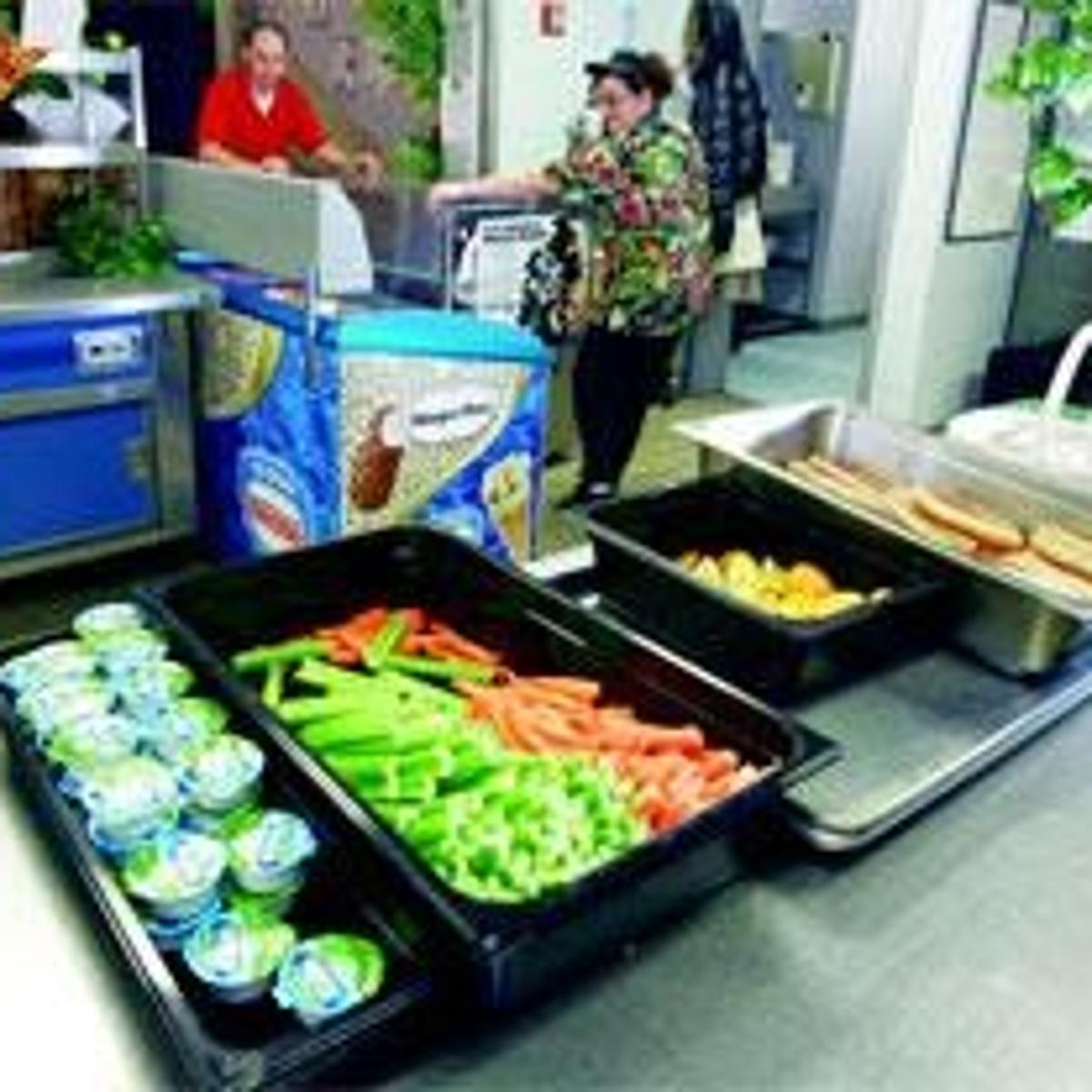 More say 'no' to junk food in school cafeterias | News