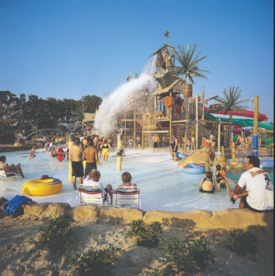 Phoenix To Flagstaff >> Hurricane Harbor Phoenix Offers Flagstaff Residents 19 99 Admission