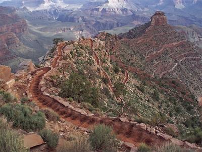 South Kaibab Trail en route to Phantom Ranch