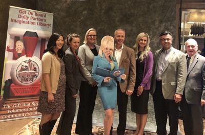 Dolly Parton group photo