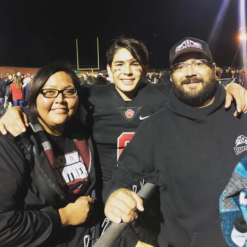 Jonathan Jaramillo with his parents