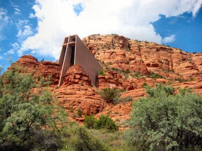 Chapel_of_the_Holy_Cross,_Sedona