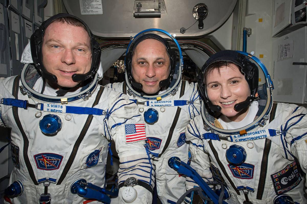 Astronaut Terry Virts shares an 'insider's guide' to life in space