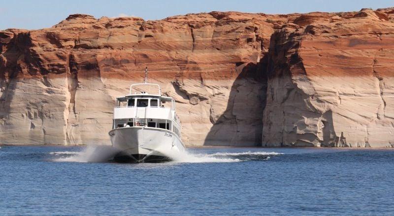 Lake Powell tour boats
