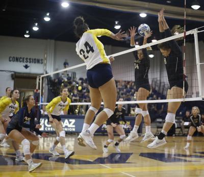 Northern Arizona Idaho Volleyball Harris
