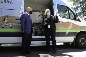 Mark Kelly Visits Flagstaff