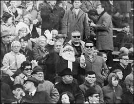Philadelphia fans' rogue image got boost when Santa Claus booed in 1968