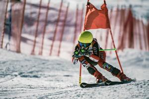 Flagstaff middle-schooler wins berth in regional skiing championships