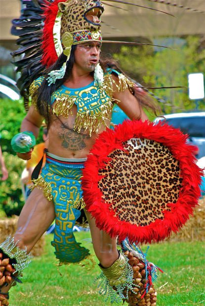 Aztec fire dancer 1