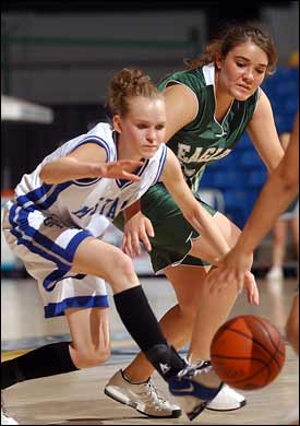 Sinagua, Page advance to girls tourney title game