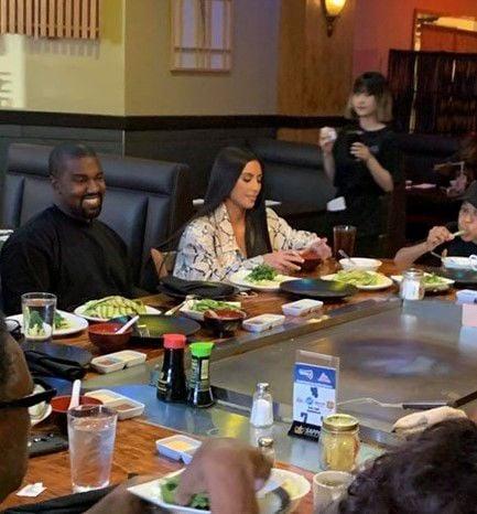 Kanye West and Kim Kardashian eat lunch in Flagstaff