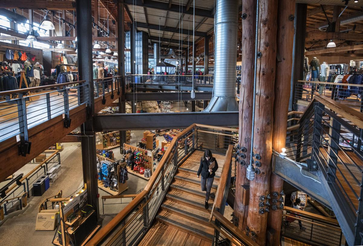 Rei Reports More Sales Income And Members But Also Higher Costs National And International Azdailysun Com