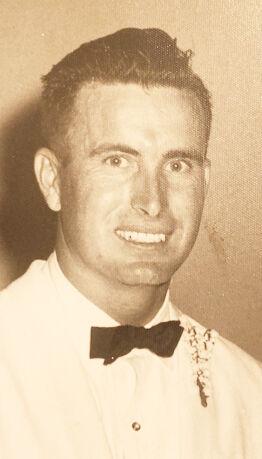 JAMES HOLT  SELLERS