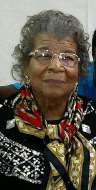 Wilma Lee Holt
