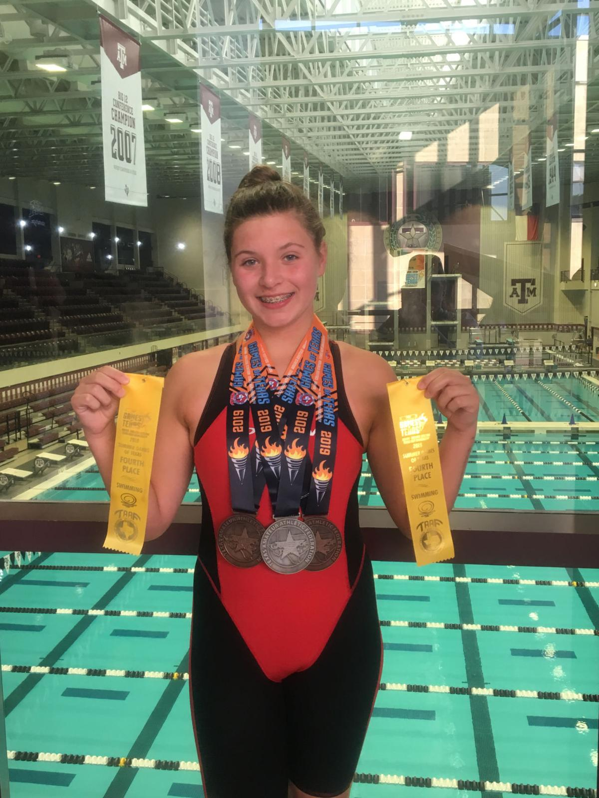 Van Vleck up-and-coming swimmers