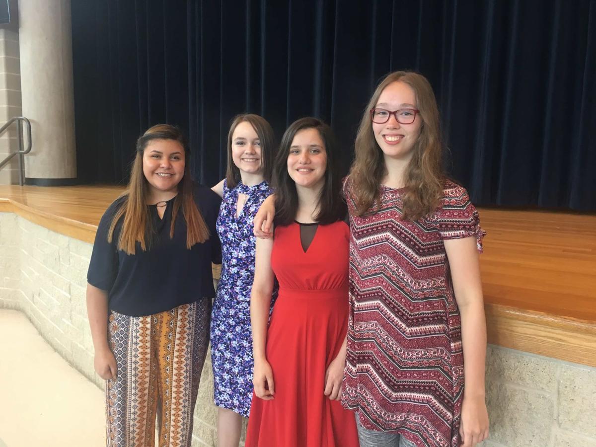 BCHS Choir has 4 medal at State