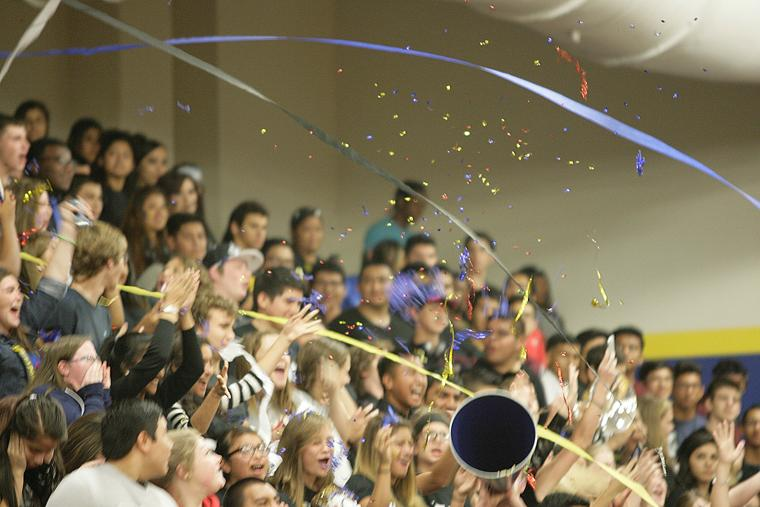 Don Davis El Campo >> Blackcat Pep Rally - The Bay City Tribune: Community