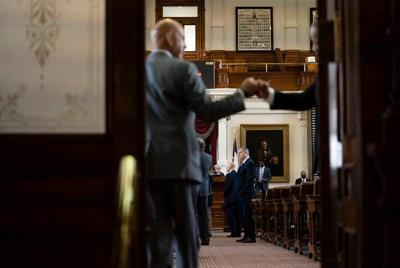 Texas government grinds to a stop — of the governor's choosing