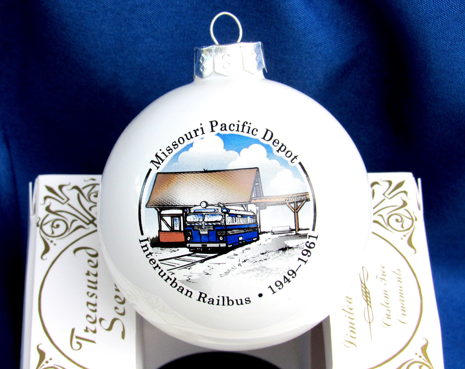 Holiday ornament pays tribute to old railbus system | News