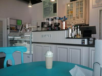 Coffee shop opens on Texas Avenue