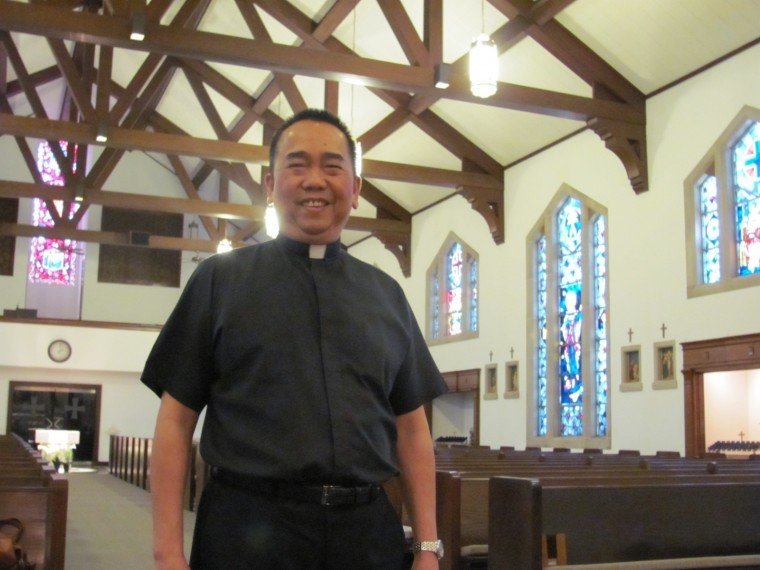 Canizares celebrates 30 years as priest