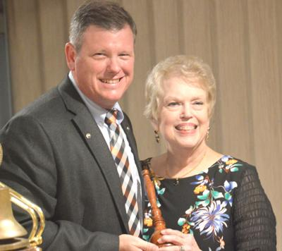 Baytown Kiwanians bestow awards, install officers