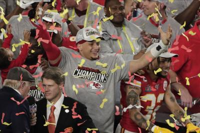 Super Rally: Chiefs win Super Bowl with late surge