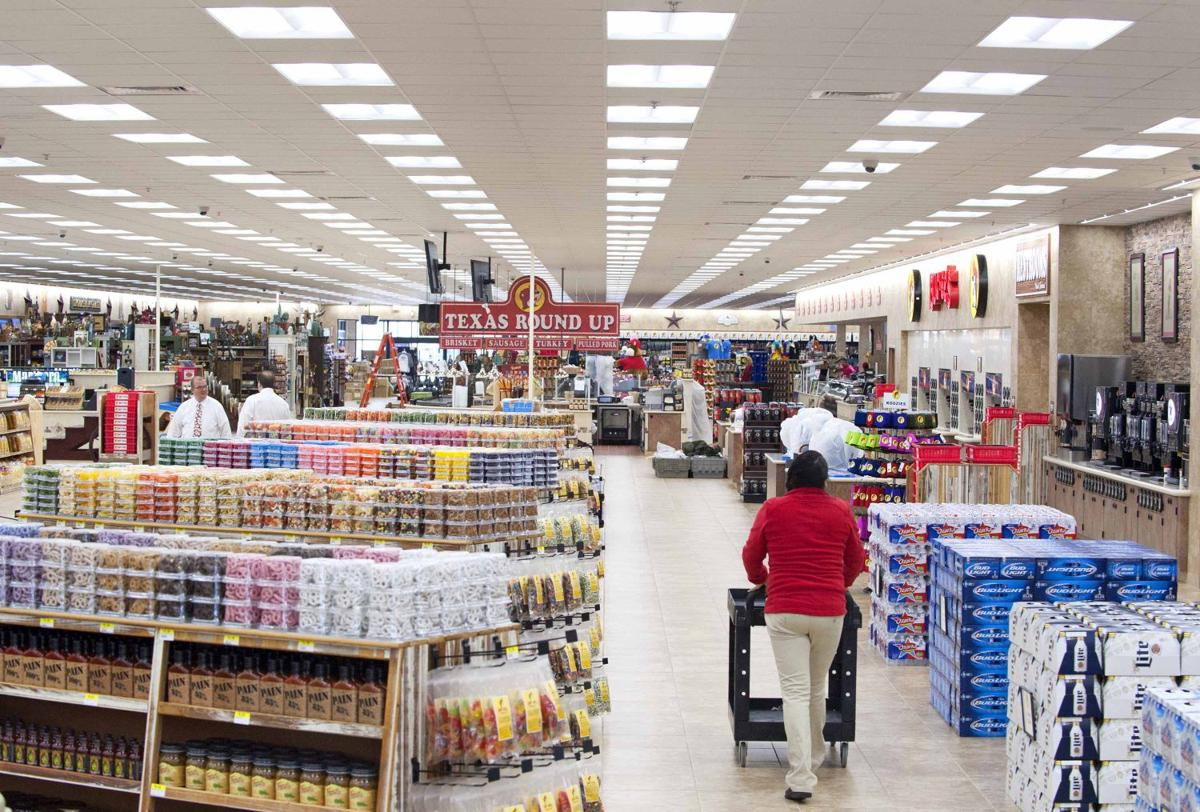 Buc-ee's opening Wednesday | News | baytownsun.com