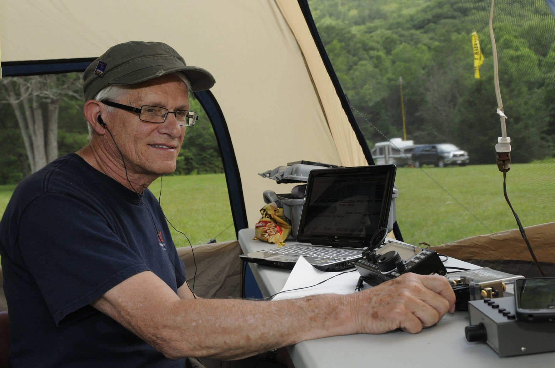 major competition stations ham radio Randall Hash of Bluefield, Va., is a member of the East River Amateur Radio  Club who focuses on Morse code communication.