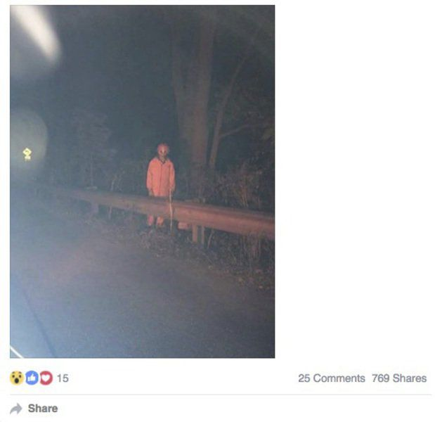 Creepy clown sighting on local road sparks concern