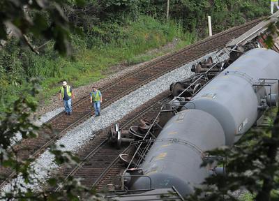 Train derail 2