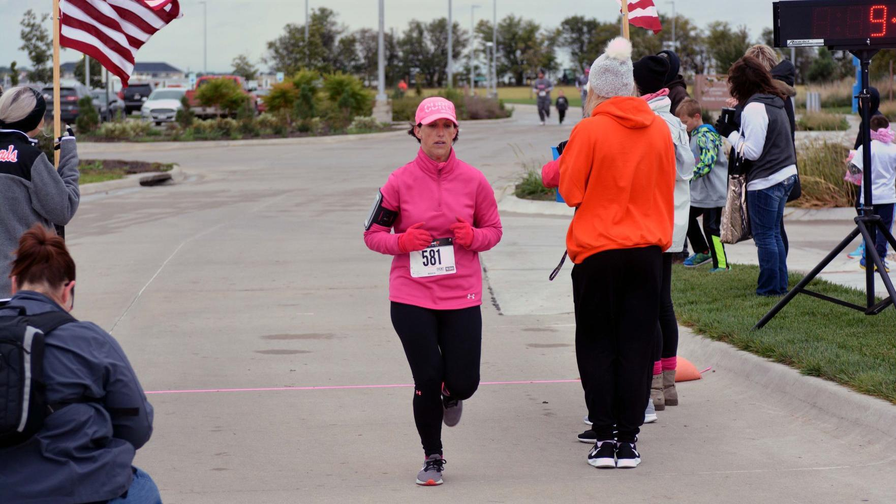 Beatrice Community Hospital hosts second annual Go Pink Fun Run/Walk