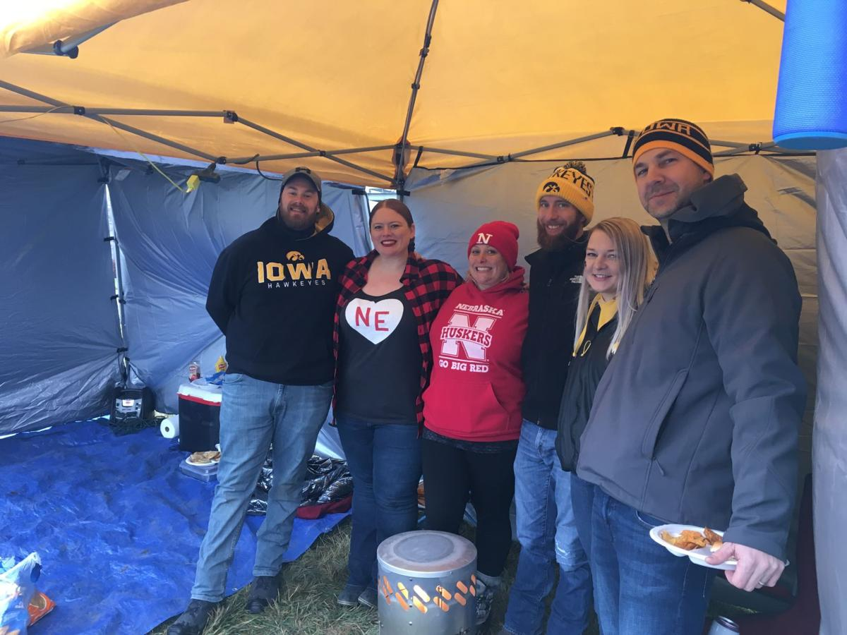 Heroes Game tailgating