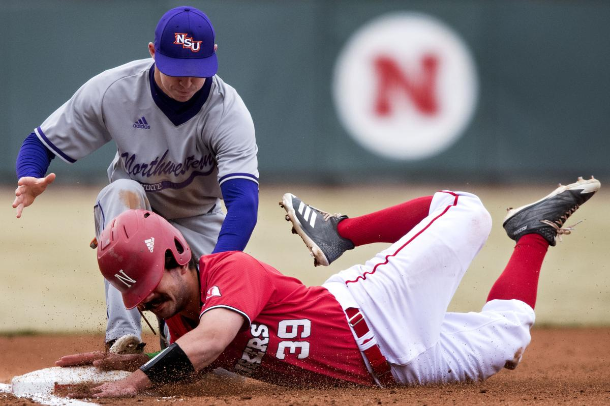 Huskers Scuffle Again In Losing Fifth Consecutive Series Opener Sports Beatricedailysun Com