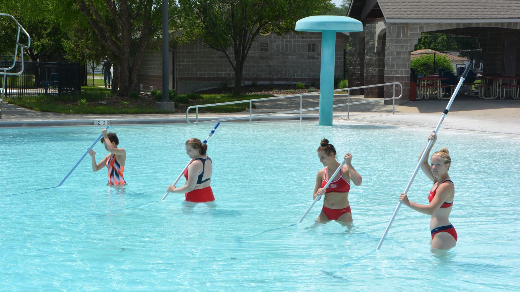 Beatrice pool opens Saturday
