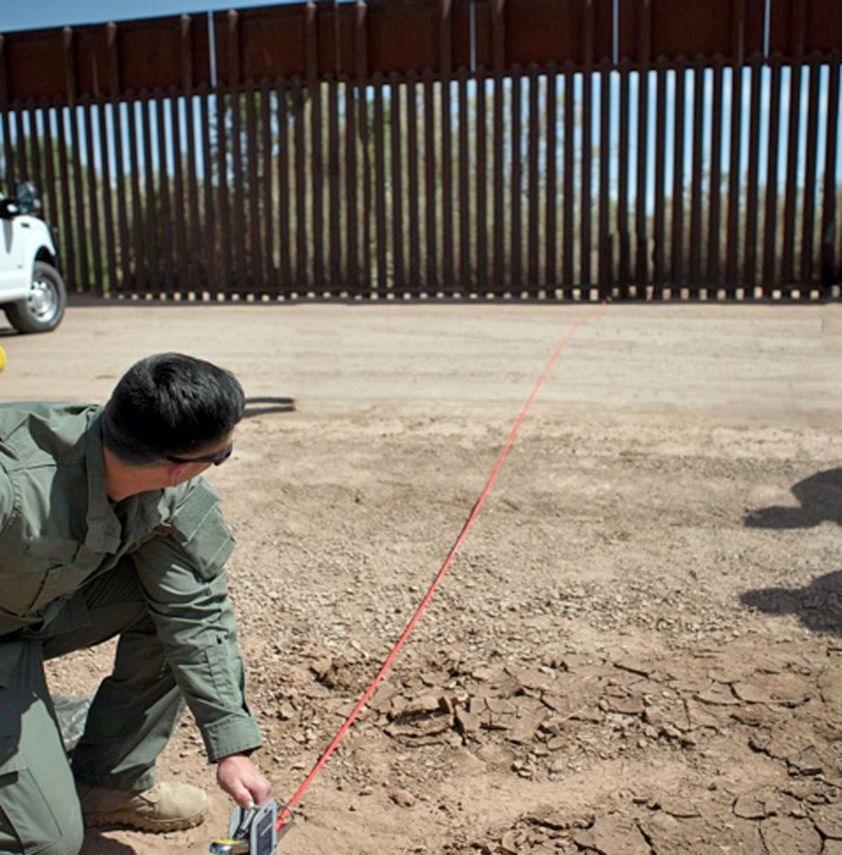 Border Wall Nebraska Company