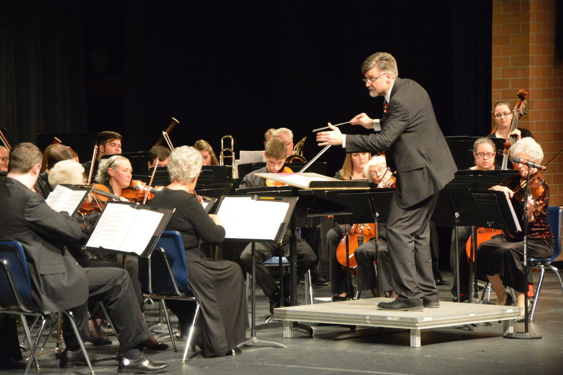 Kevin Boesiger conducting