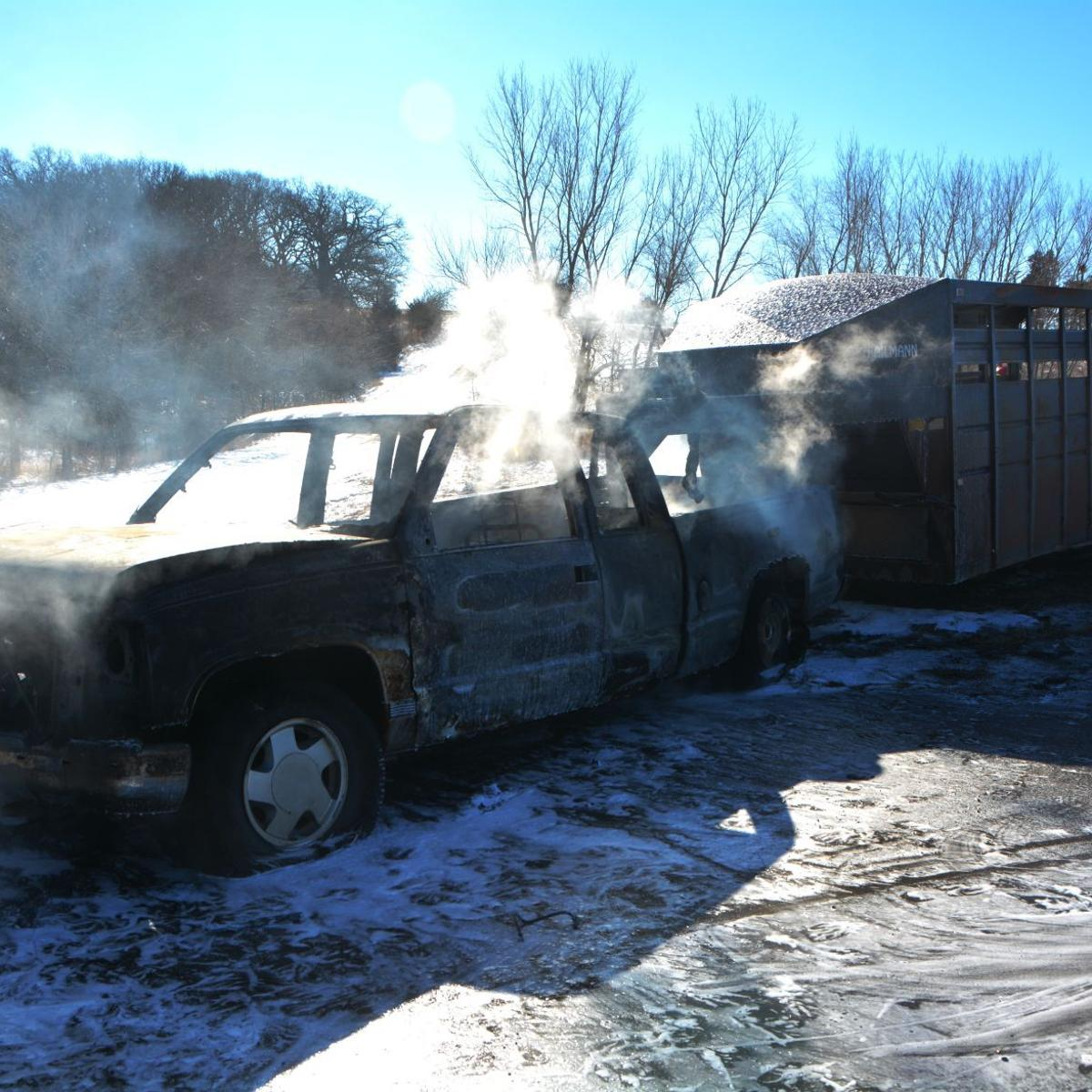 Truck fire briefly closes Highway 136 | Local News